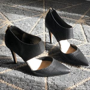 Jessica Simpson Coswell black snake stiletto heels